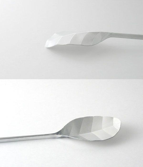 leaf-shaped spoon  design by : Shuhei Senda from japan