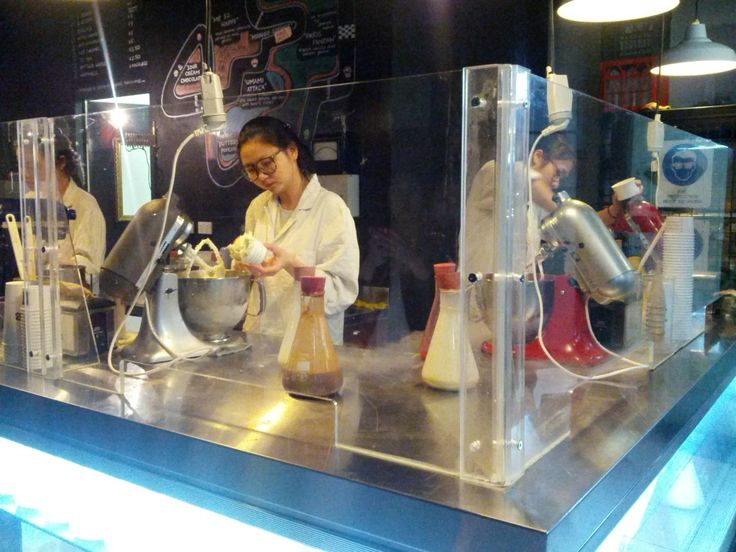 N2 Extreme Gelato staff aka 'Gelato Scientists' mixing up awesome ice cream flavours in Sydney.