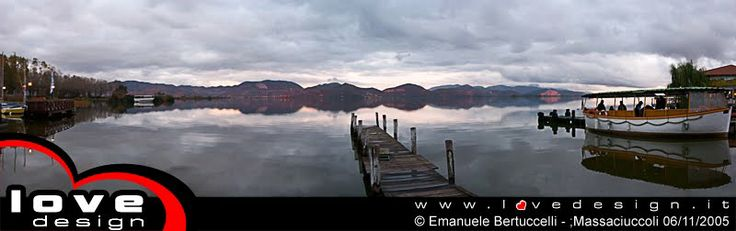 Pontile sul Lago di Massaciuccoli - Wood jetty on Massaciuccoli Lake