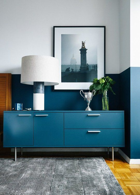 Unconventional colour ideas need to be brought back into the home decoration scene. Stop being afraid of strong colour schemes.