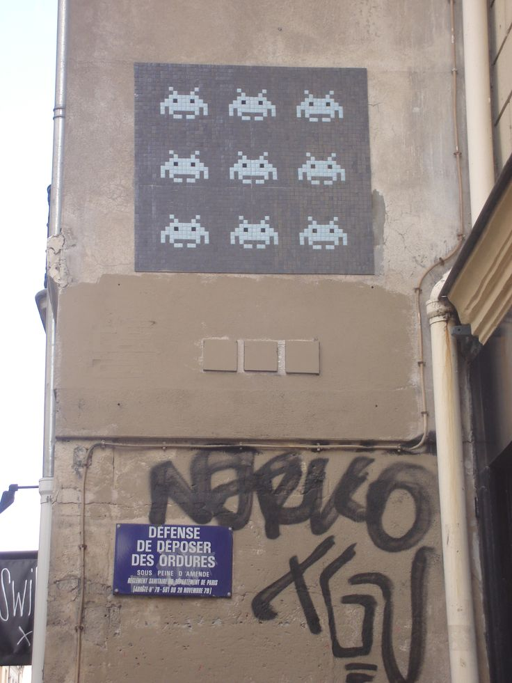 space invaders in Paris