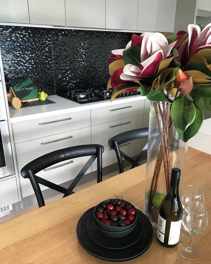 Amber Tiles Kellyville: pinned from Instagram- (kristinekrienkeproperty) on Instagram: Black tile splashback. #kitchen #splashback #ambertiles #ambertileskellyville