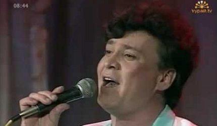 Венер Абдуллин - Хэбэр хал елдэргэ http://tatbash.ru/bashkirskie/live/5064-vener-abdullin-kheber-khal-elderge