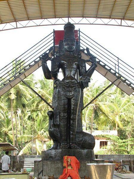 Shani  File:Bennanje Sri Shaneeswara 23 feet Statue Udupi.JPG