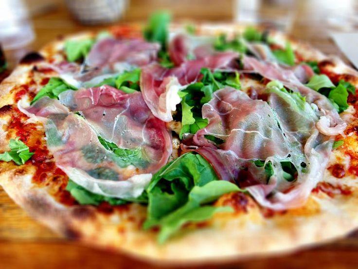 Pizza delicioso  www.chianacoronis.com