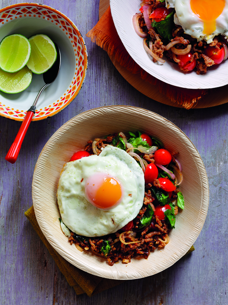 Wok fried egg and spicy minced pork with garlic & ginger | Egg Recipes