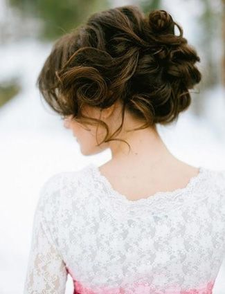 Love this soft and curly updo