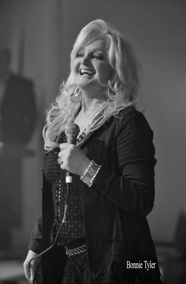 Best Female Singer