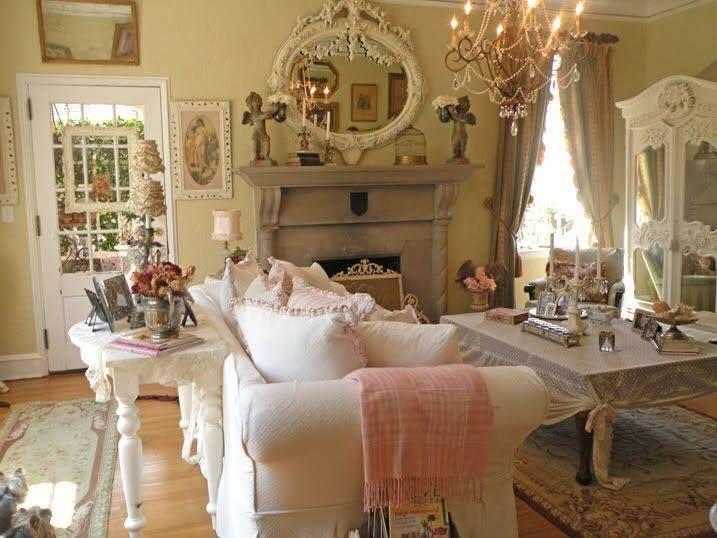 die besten 25 franz sisches landwohnzimmer ideen auf pinterest franz sisch land kamin. Black Bedroom Furniture Sets. Home Design Ideas