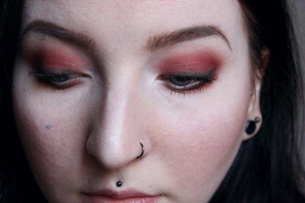 red eyeshadow roter lidschatten just one sip uoga uoga (1)