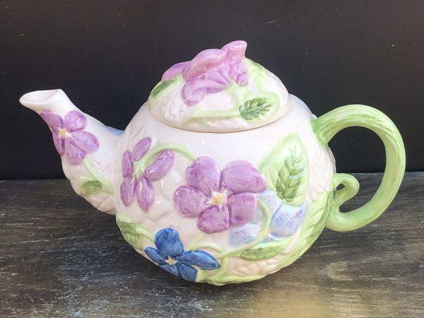Beautiful Floral Teapot Ceramic Garden Teapot For Sale In Upland Ca Offerup Ceramic Teapots Tea Pots Porcelain Dolls Value
