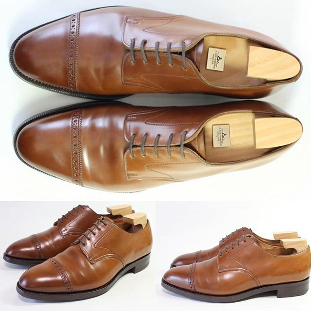 2017/04/29 15:25:43 shoesaholic1 EDWARD  GREEN WHISKY CORDOVAN. * グリーンでは珍しいコードバンを採用した一足でコードバン特有のエイジングが楽しめそうな靴です。 * サイズが少し大きめですが、中々手回らない靴のため、オススメです!! * ITEM ID : 457 * #edwardgreen  #cordovan  #コードバン  #シューホリック#井上精肉店 #shoes #Mensshoes #shoepolish #boots  #Mensfashion #bespoke #tailar #stylish #fashiongram #instastyle #lookbook #luxury #gentleman #styleforum #ootd #高級靴 #靴磨き #足元くら部 #足元倶楽部  #高級 #オールデン #パラブーツ #ジョンロブ #エドワードグリーン  #クロケットアンドジョーンズ