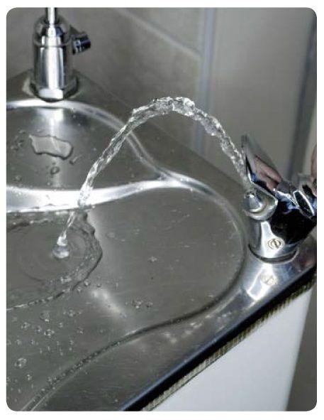 Bezbutlowy dystrybutor wody pitnej Pantarei - dostępne rożne wersje - bez chłodziarki, woda chłodzona, z odpływem, bez odpływowy. #Pantarei #Blupura #wodapitna #dystrybutorwody