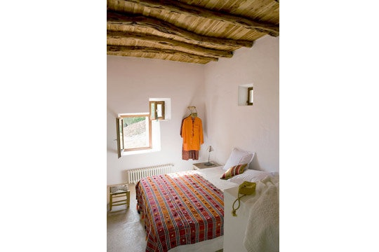 ethnic bedroom : stool and bed throw