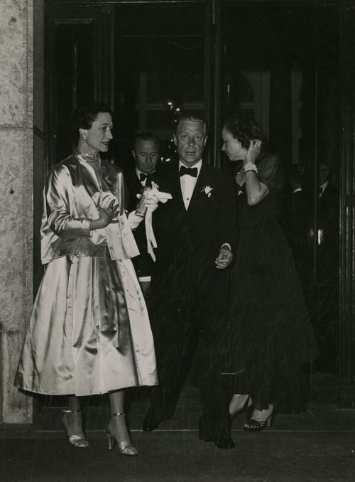 """it was in August 1934 that their relationship became more serious. During that month, the Prince took a cruise on Lord Moyne's yacht, the Rosaura. Though both Simpsons were invited, Ernest Simpson could not accompany his wife on the cruise because of a business trip to the United States. It was on this cruise, Wallis stated, that she and the Prince """"crossed the line that marks the indefinable boundary between friendship and love"""
