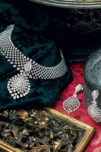 Indian Jewellery and Clothing: Hazoorilal jewellers