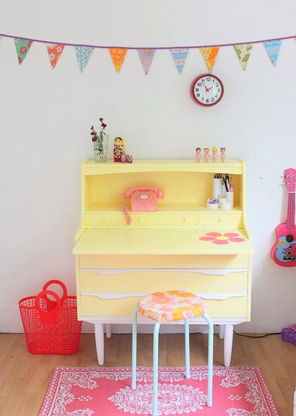 yellow beureau in childrens bedroom - painted furniture ideas