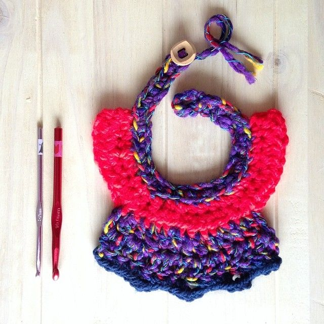 Crochet collar necklace by fountaki