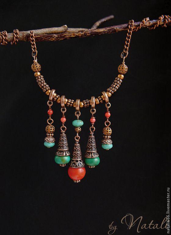 """Купить """"Марокканский базар"""" подвеска - натур. коралл, турквенит, чеш. стекло - яркая подвеска"""