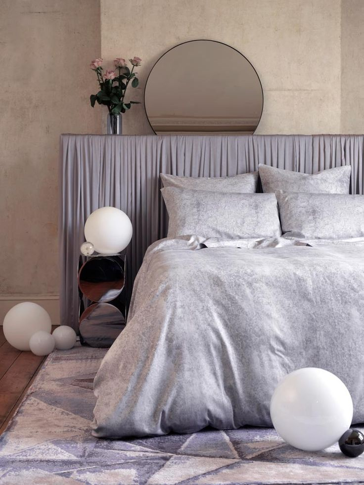 beautiful ways to decorate with grey