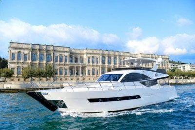 https://www.suyat.com.tr SU Yatçılık; İstanbul'da tekne kiralama, kişiye özel yat turları, yatta doğum günü ve yatta evlenme teklifi gibi özel organizasyon hizmetleri sunmaktadır. #tekne #kiralama