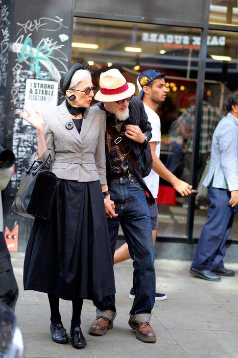 London – Brick Lane. #AdvancedStyle, #Blazer, #Couple, #Fashion, #FashionWeek, #Hats, #LFWM17, #LondonFashionWeekMens, #Man, #Men, #Menswear, #SS18, #Street, #StreetStyle, #Style, #Suits, #Vintage, #VintageStyle, #Woman, #Womenswear Photo © Wayne Tippetts