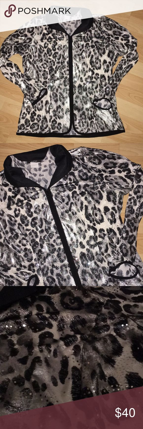 MSK Sparkle  Leopard print black and white zip up Super cute and flashy MSK Leopard print black and white zip up long sleeve- fabric is 96% polyester 4% spandex. Great condition! Size Medium MSK Tops Blouses