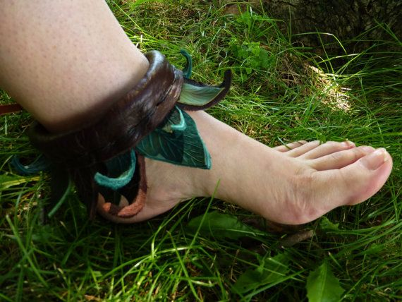 Calling all Elves, Pixies, Pans, LARP and other nature lovers & woodland creatures! Take a look at our clever little ankle leaf wrap! Weve hand