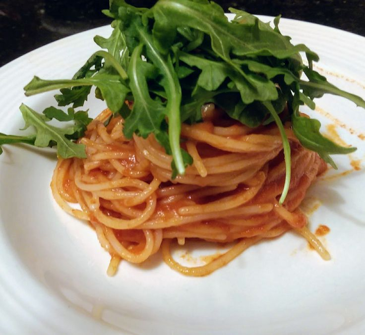Barese Sausage and Arugula Pasta.   #pasta #glutenfree #ricepasta #easy #cleaneating
