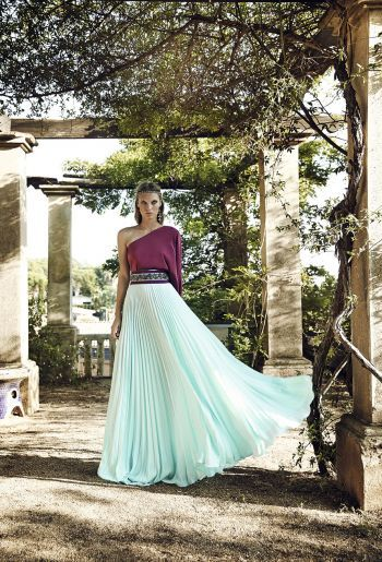 Vestidos de fiesta, vestido largo asimétrico, imagen colección 2016 Matilde Cano
