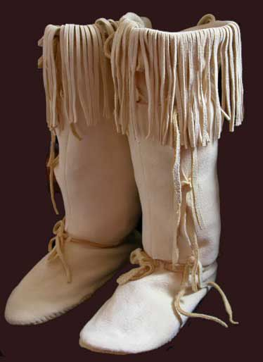 Cheyenne moccasins native american art and crafts for Cheyenne tribe arts and crafts