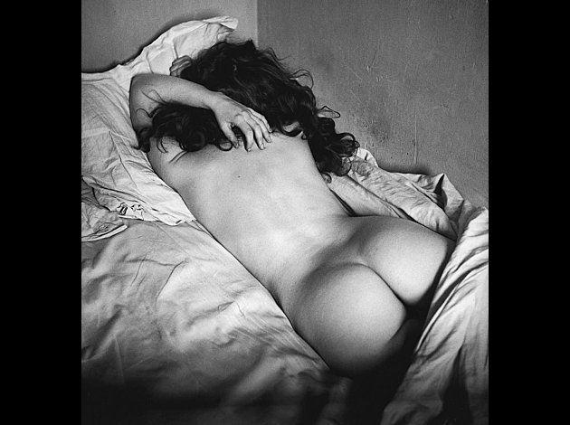 Édouard Boubat (París, 1923 - Montrouge, 1999) fue un fotógrafo y reportero gráfico francés que está considerado como uno de los principales representantes de la fotografía humanista en Francia.  Nació el 13 de septiembre de 1923 en el barrio parisino de Montmartre y estuvo estudiando fotograbado en la escuela superior de artes e industrias gráficas de París entre 1938 y 1942