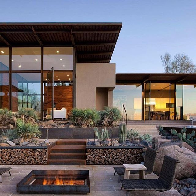 #Minimalist forms, #desertvibes, weathered steel and earth-toned #stucco, and an indigenous landscaping define the Brown Residence in the #SonoranDesert in #Scottsdale, #Arizona. \\\ Design by @lakeflato, photo by #BillTimmerman