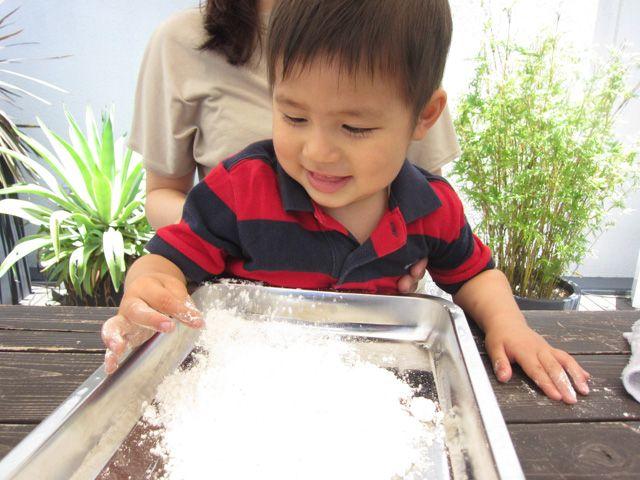 小麦粉粘土で触覚を研ぎ澄ます | WorMo'(ワーモ)