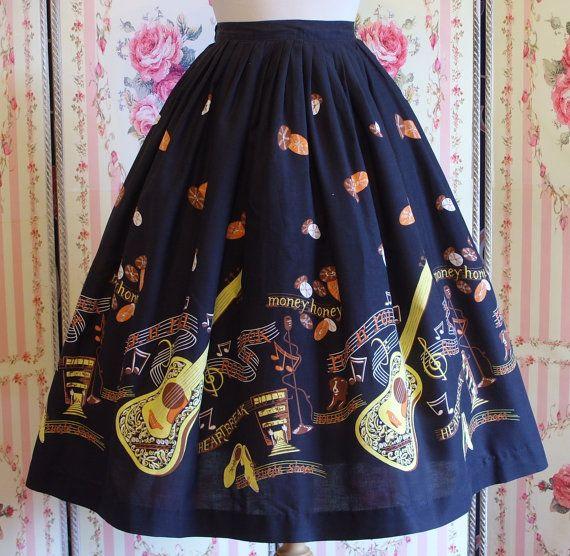 1950s Novelty Border Print Skirt / Elvis by RainbowValleyVintage