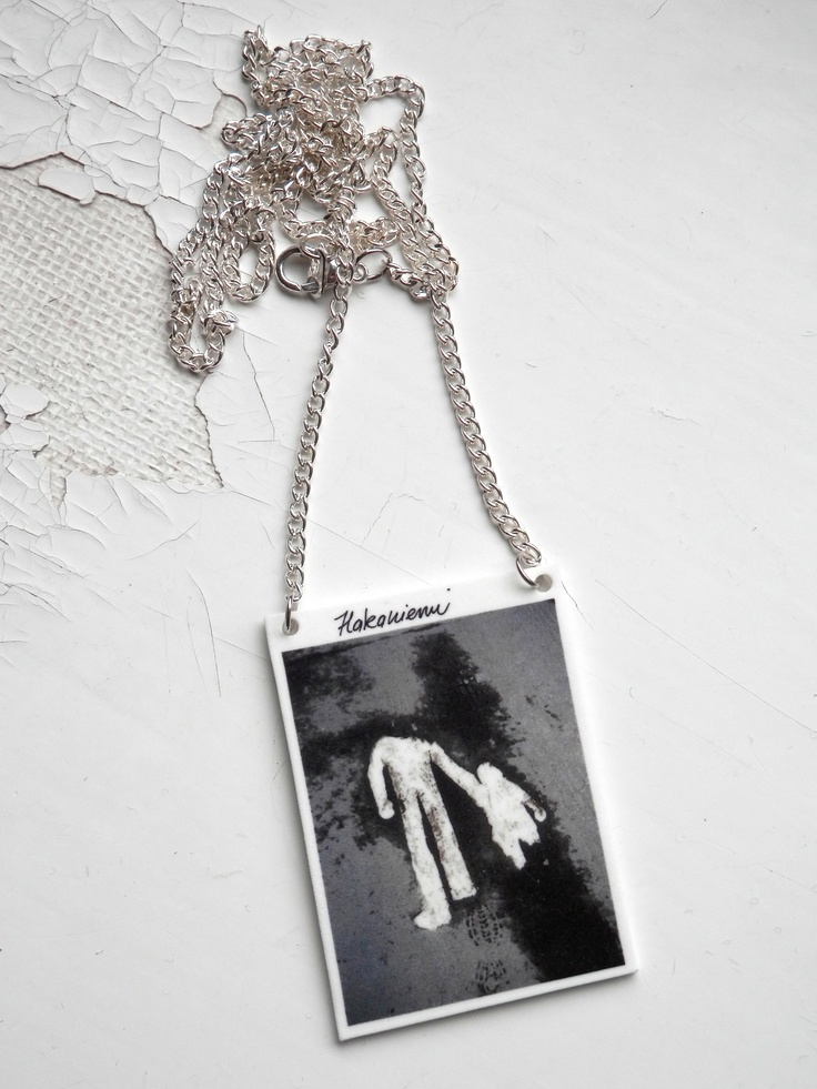 Hakaniemi -necklace. Visit:  www.retroke.blogspot.com www.taitomaa.fi/shop/retroke
