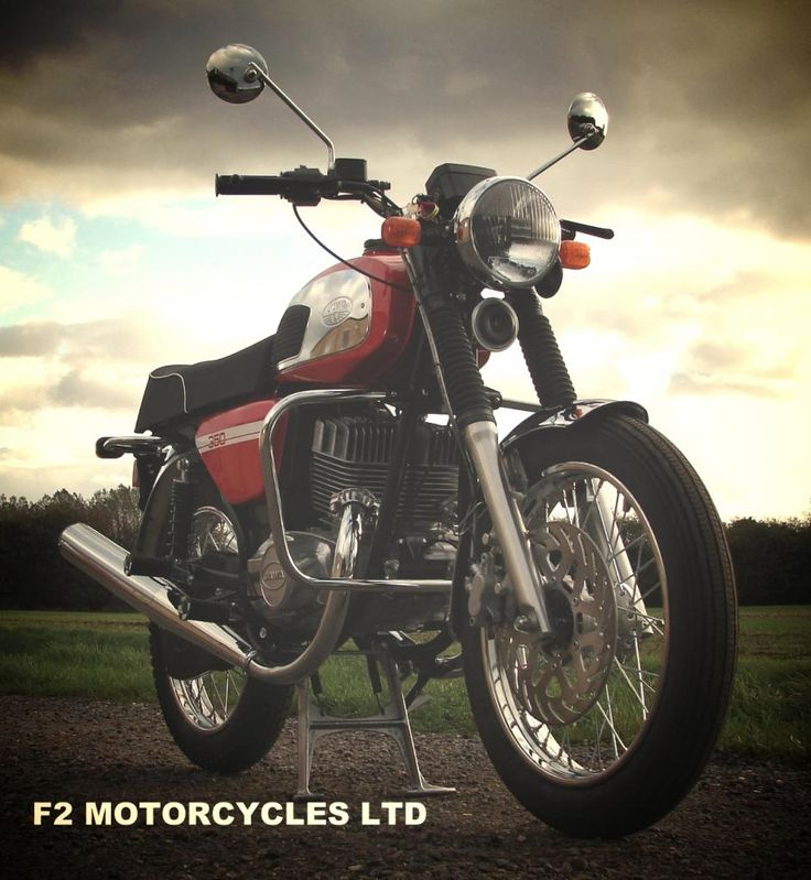 350 retro from www.jawamotorcycles.co.uk