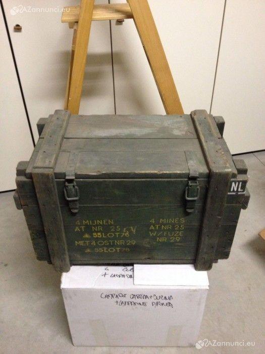Vendo cassa militare per munizioni 170,00 , autentica, originale, in buono stato, messa bene. prezzo 170,00  + eventuali spese di spedizione a c In Vendita Bologna