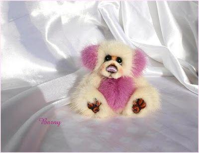The House of Mink Teddy Bear oso visón rosa y blanco reciclado