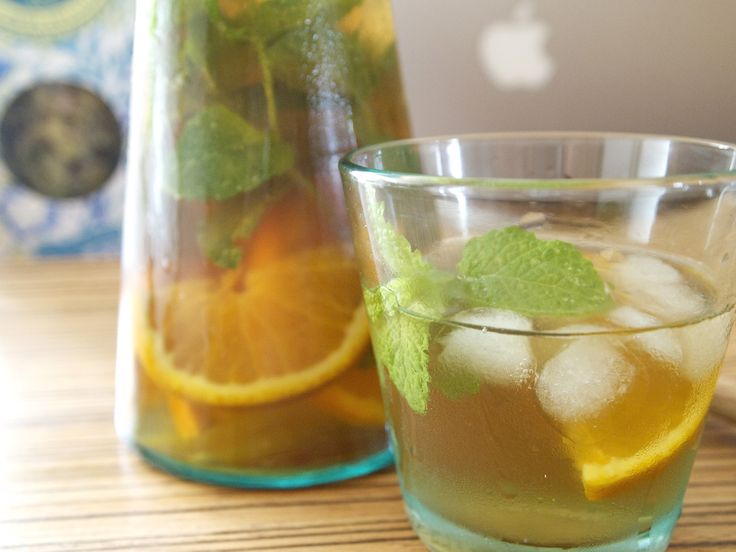 Keeping refreshed with our very own iced tea made from, The Greek Mountain Shepherd's Tea, a dollop of honey, sprigs of mint and slices of juicy orange. Totally thirst quenching!
