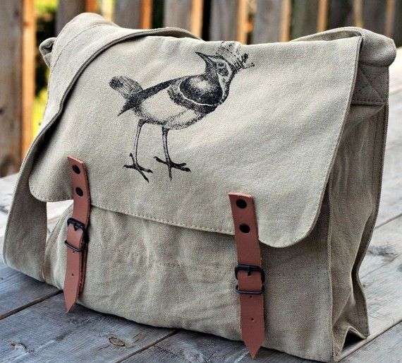 birdie linen shoulder bag-I really like this and almost anything else with a cute bird on it!
