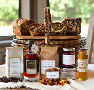28 best Gift Baskets images on Pinterest | Gourmet foods, Gourmet ...