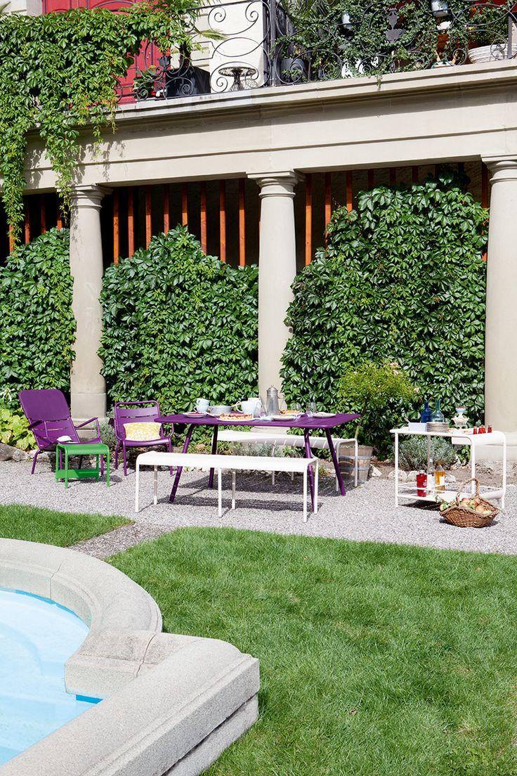 Jardin Avec Mobilier Luxembourg Violet Aubergine