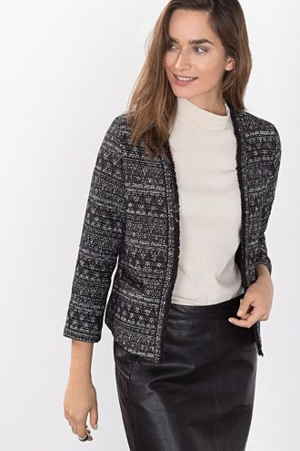 """Bouclé-jakke til arbejdet - eksempelvis denne fra Esprit (""""Boucléblazer med frynsekanter og glans"""")"""