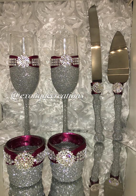 Burgundy and Silver Cake Cutter Set 6pc