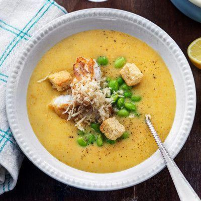 Krämig fisksoppa med pepparrot och krutonger