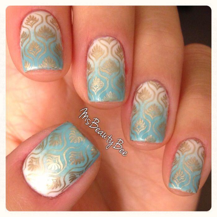 Konad, azul degradado y dorado uñas diseños
