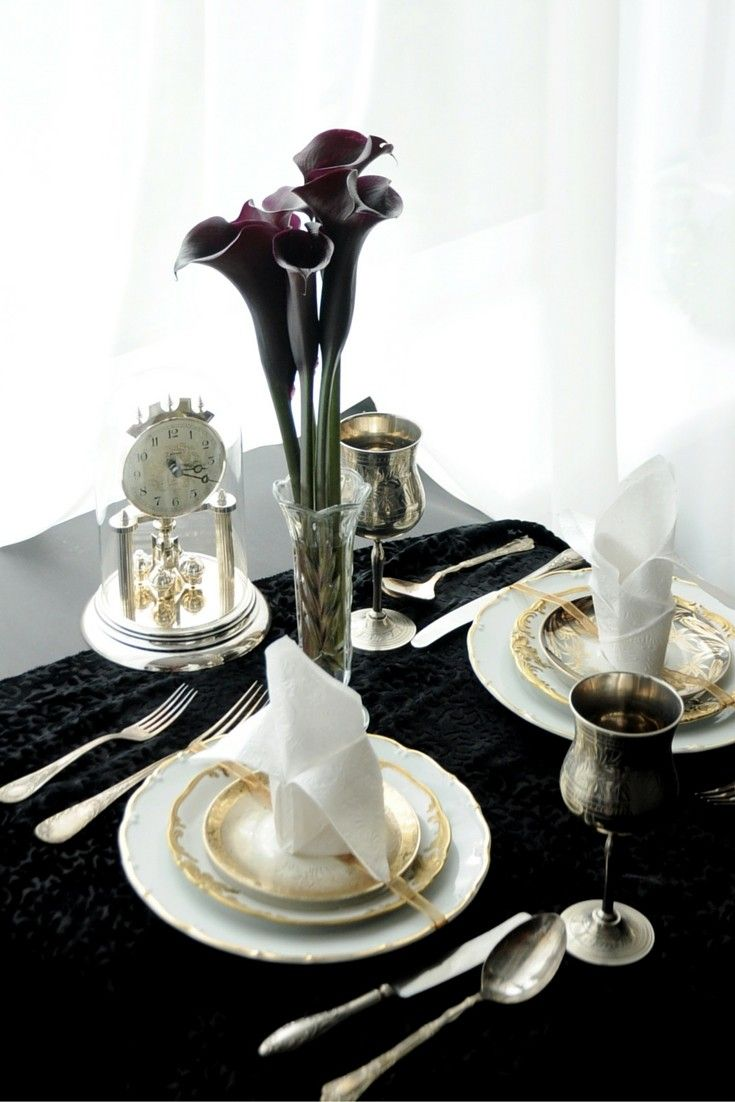 Fall Tablescape Inspired By The Dark Romance Of Crimson