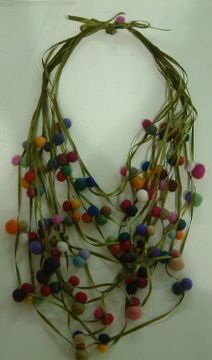 Necklace. Felt wool.