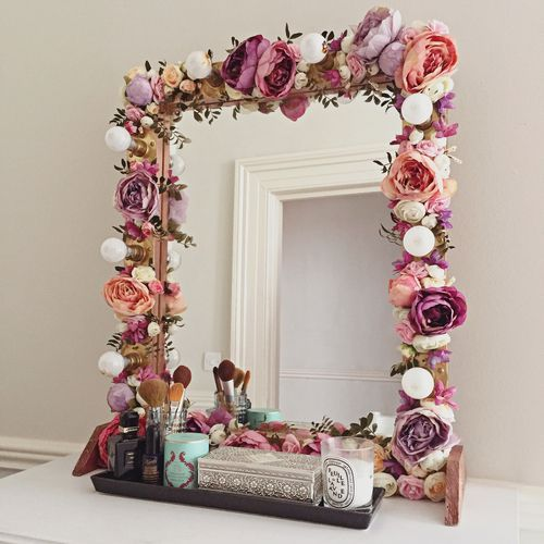 For your makeup organization tips, try to decorate your mirror's frame with fake flowers and you'll get a shabby chic dresser. | anavitaskincare.com